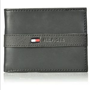 Tommy Hilfiger Men's Gray Leather Wallet